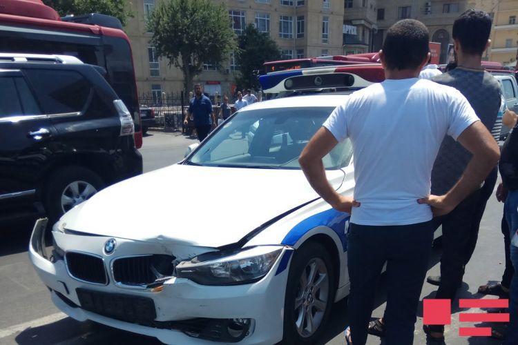 Bakıda yol polisi qəzaya düşdü - Foto