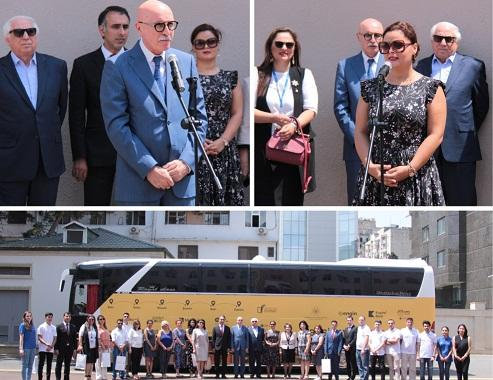 Kapital Bank продолжает проект «Təhsil avtobusu»