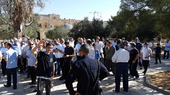 """Еврейские поселенцы ворвались на территорию """"Аль-Аксы"""""""