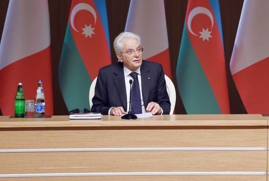 Azərbaycan yeni səhifənin qəhrəmanı ola bilər - Mattarella