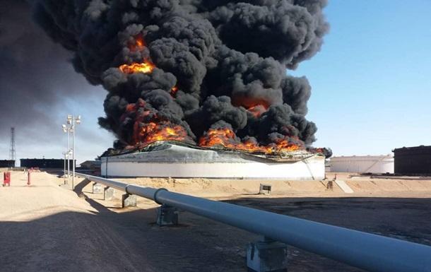 В Иране взорвался нефтяной резервуар, есть погибшие