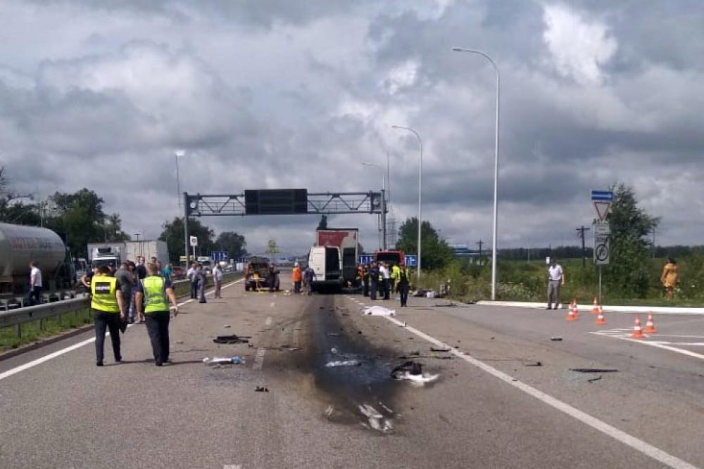 Ukraynada ağır yol qəzası: azı 10 nəfər öldü