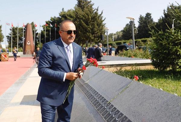 Çavuşoğlu şəhidimizdən yazıb, Ermənistana çağırış etdi
