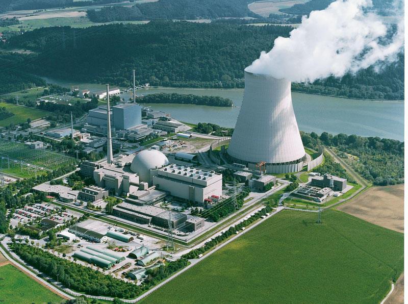 Во Франции приостановят работу АЭС