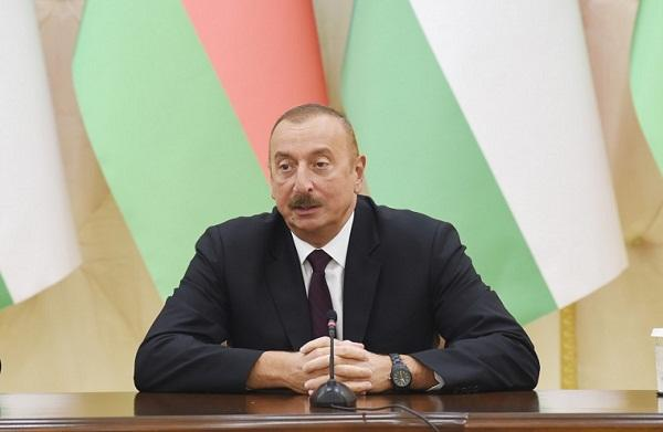 Ilham Aliyev congratulates his Estonian counterpart