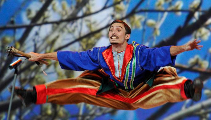 Путин везет казаков на свадьбу в Австрию