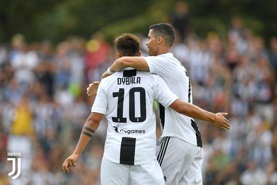 """Ronaldo debüt etdi: """"Yuventus"""" son dəqiqədə qalib gəldi"""