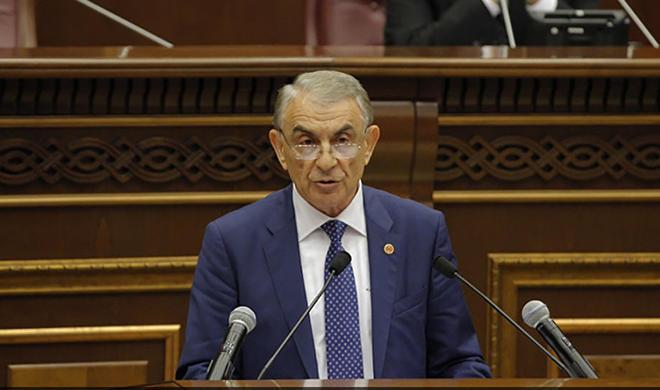 """""""Пашинян угрожает парламенту, ставит под удар свободу слова"""""""
