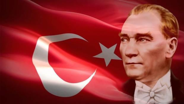Bakıda 2-ci sinif şagirdi Atatürkə şeir yazdı