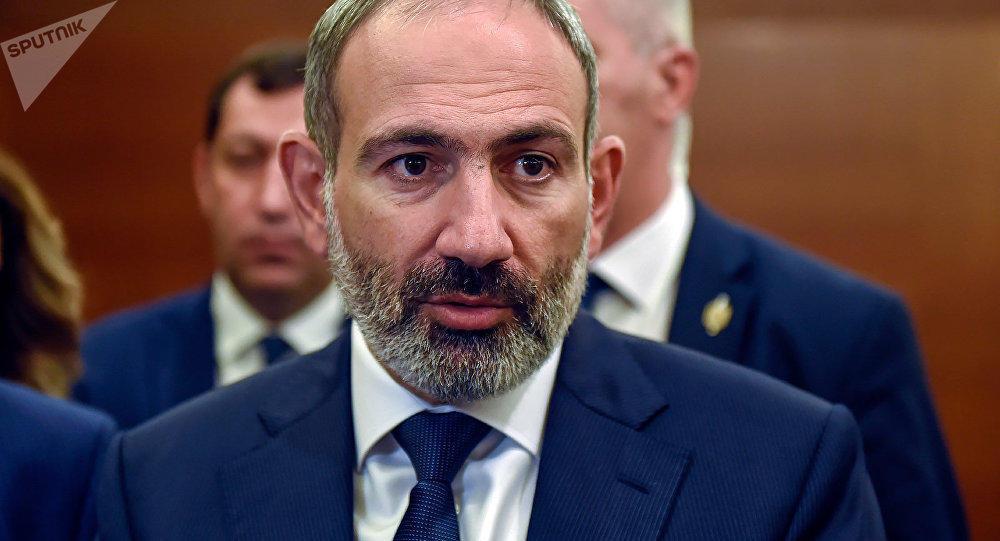 """Paşinyan erməni """"tarixçi""""lərini belə yalanladı - Video"""