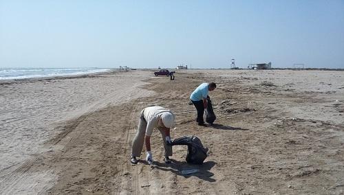 17 milyon insan sahilləri təmizlədi