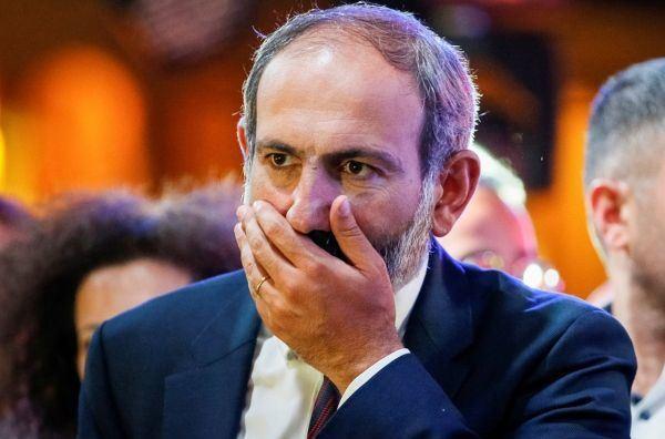 «Вуаля» от Пашиняна, или Как варчапет накалывает армян