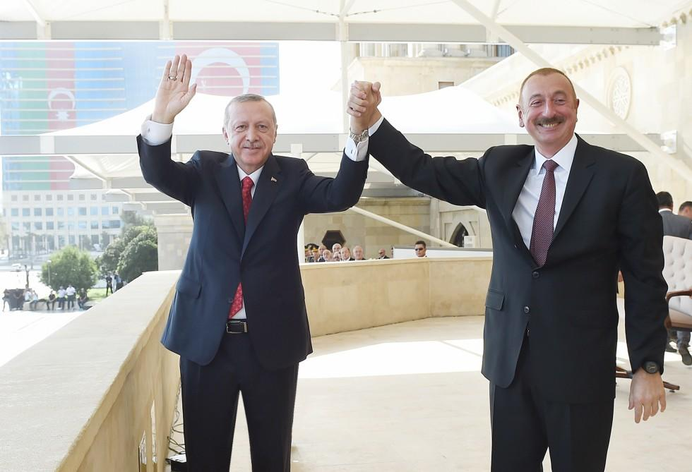 Ilham Aliyev welcomed Erdogan -