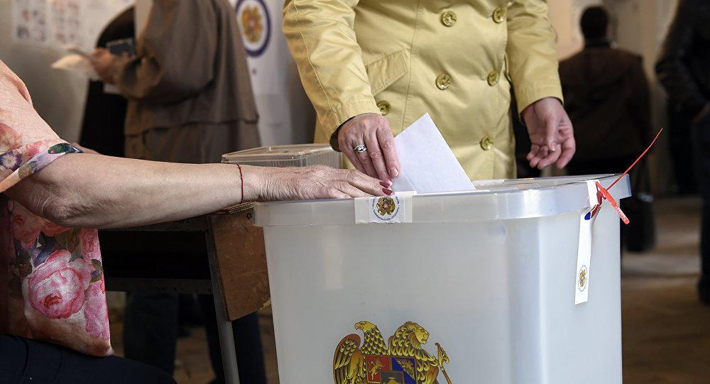 На выборах в Ереване замечено 84 нарушения