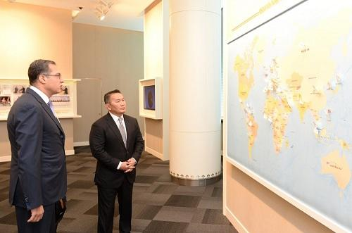 Mongolian President visits SOFAZ