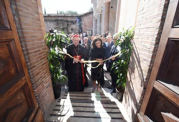 Мехрибан Алиева на открытии катакомб в Ватикане - Фото
