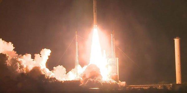 Azərspeys-2 kosmodromdan orbitə buraxıldı - Video