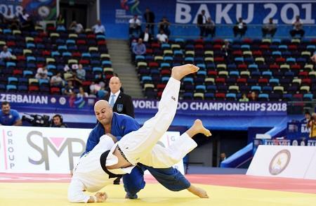 İlham Əliyev yarışlarını izlədi: cüdoçumuz dünya ikincisi oldu