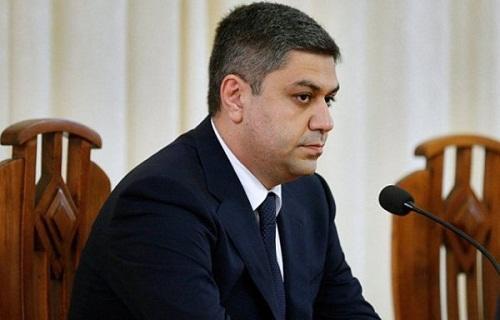Как глава СНБ Армении пристраивает родню на должности