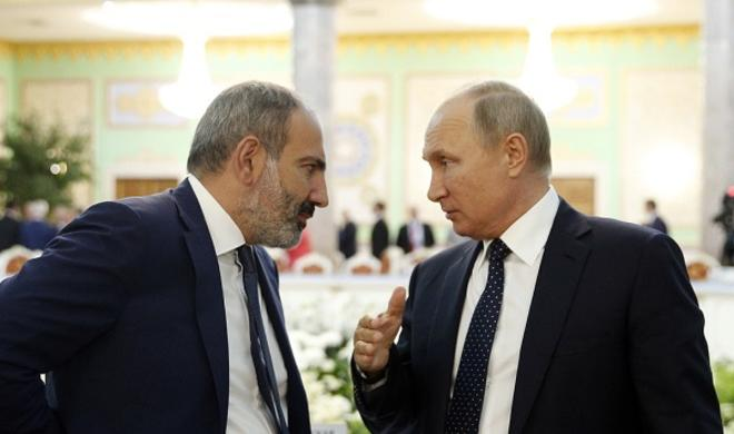 """Nikol Moskvaya gedir: Kreml """"5+2 variantı""""nda israr edərsə..."""