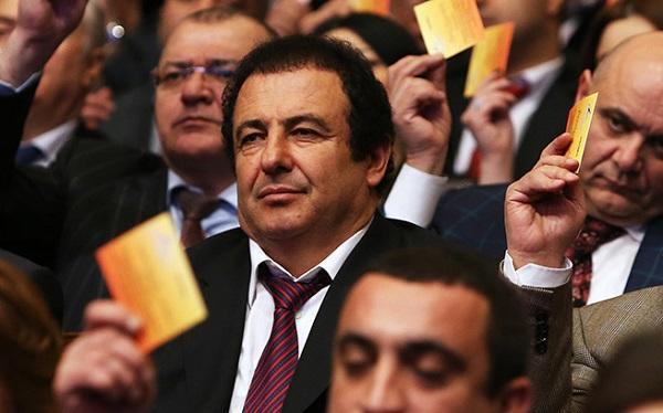 Партия Царукяна: Некомпетентная власть грязно мстит
