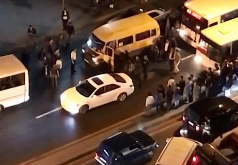 Moskvada 30 erməni silahla azərbaycanlılara hücum etdi