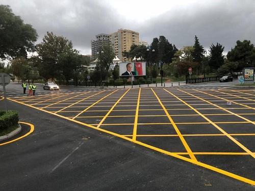 На 74 перекрестках Баку будет нанесена желтая сетка