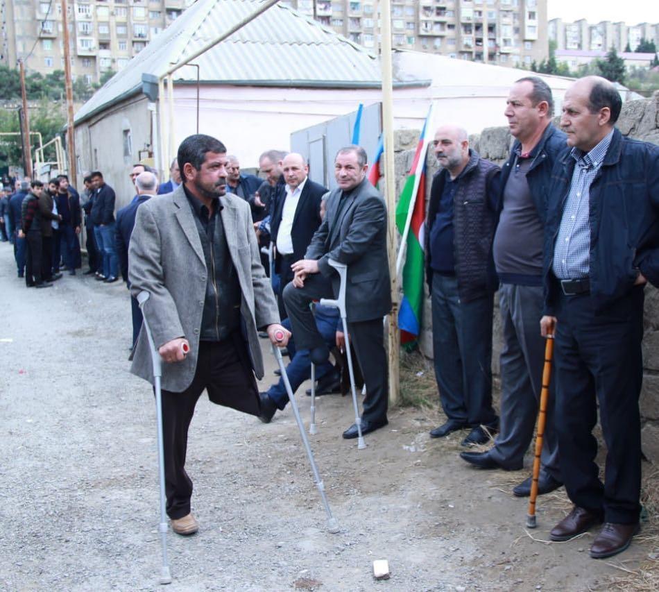 Protez ayağını balış kimi başının altına qoyurdu – Etimad Əsədov