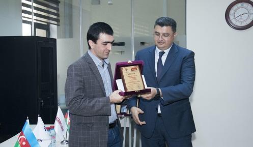 """""""Teleqraf""""ın əməkdaşı birinci oldu - Foto"""