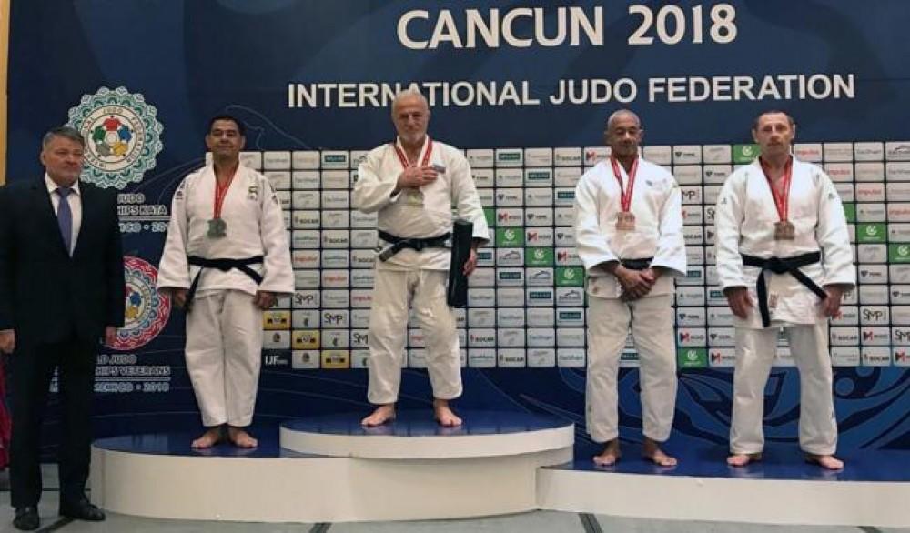 Фархад Раджабли стал восьмикратным чемпионом мира