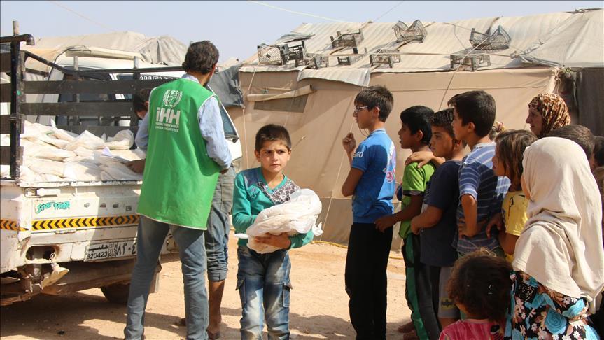 В Идлибе заработали пункты пропуска беженцев