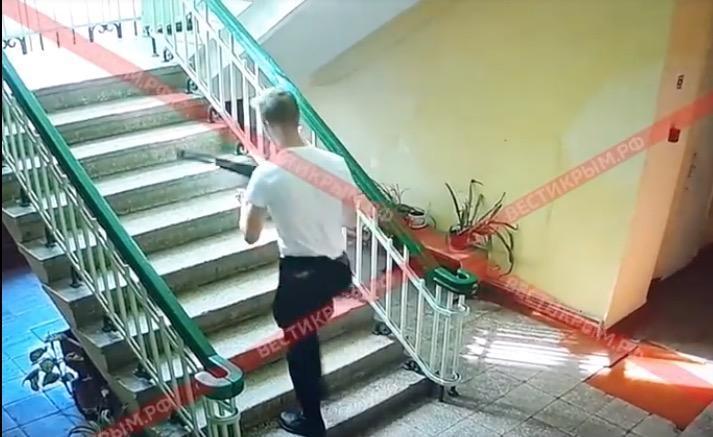 Krım teraktı: Qatil hər kəsi belə vurdu – Video