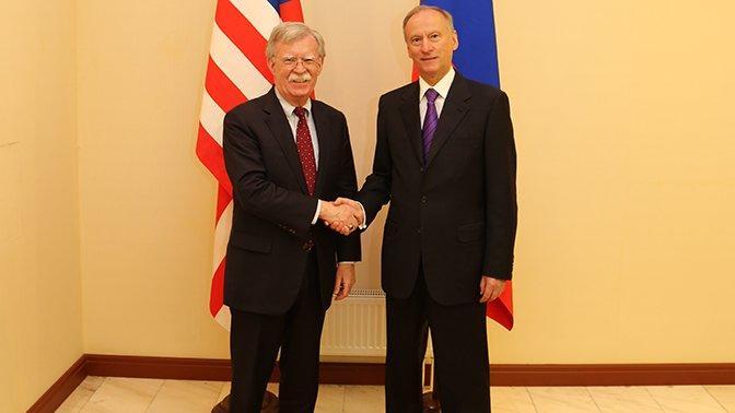 Moskvada kritik görüş başladı: Bolton nəyi müzakirə edir?