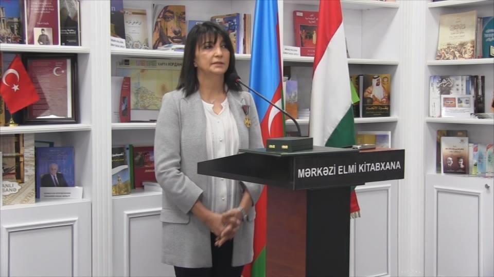 """Leyla İmanova """"Qızıl xaç"""" ordeni ilə təltif edildi - Foto"""