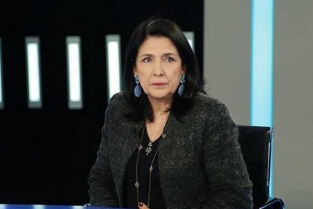 Зурабишвили осудила включение гимна СССР в парламенте