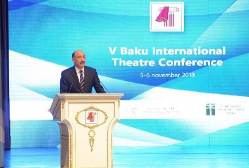 Bakıda V Beynəlxalq Teatr Konfransı işə başladı - Foto