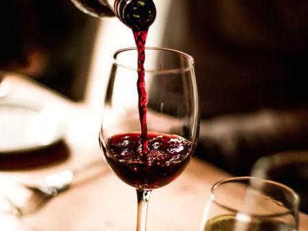 آذربایجان مغولوستانا شراب تداروکونه باشلاییر