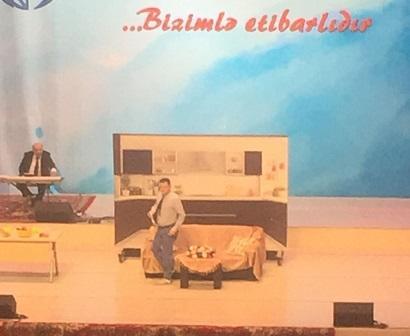 """""""Bu şəhərdə""""nin konsertində insident: ürəyi getdi - Video"""
