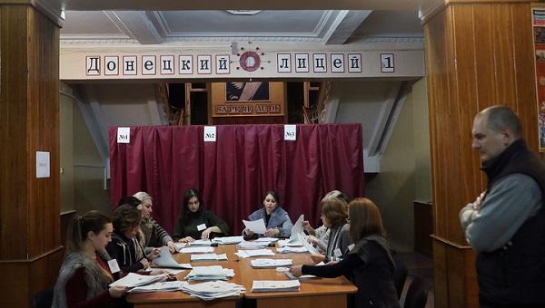 دونباسدا ساختا سئچکی: مطبوعات تانیمادی، موسکوا ایسه...