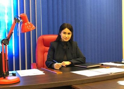 اوکراینادا پلیس رئیسی اولان آذربایجانلی خانیم... - فوتو