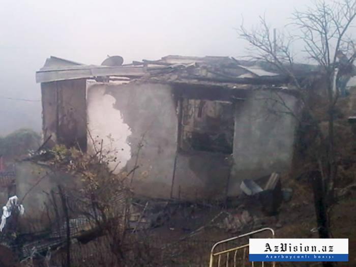 5 nəfərin yanaraq öldüyü evin – Videosu
