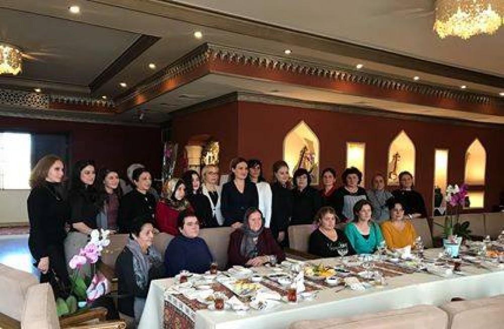 Gürcü nazir azərbaycanlı qadınlardan danışdı