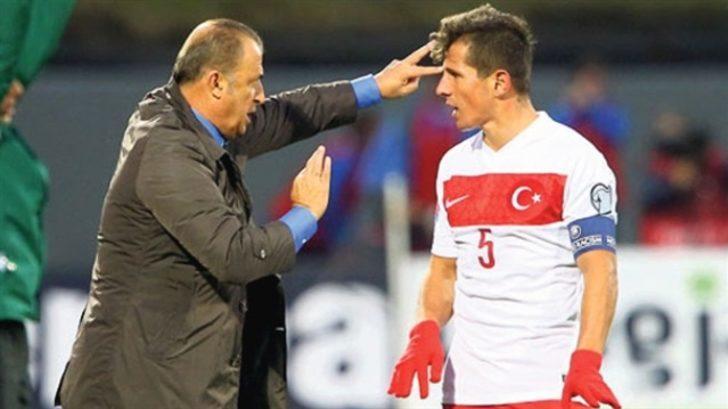 Türk futbolçu fenomenal uğura imza atdı