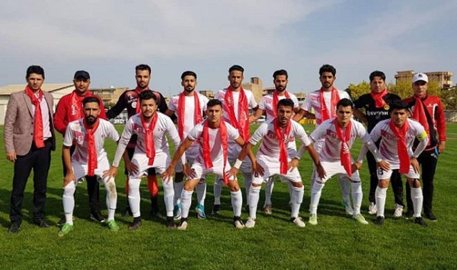 """Güneyli futbolçular """"Qarabağ""""ı xorla oxudu - Video"""