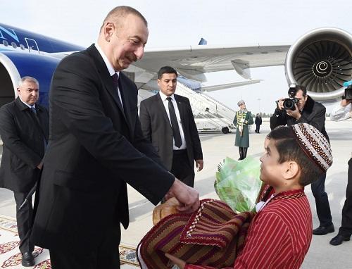 Ильхам Алиев в Туркменистане - Хроника визита/Фото