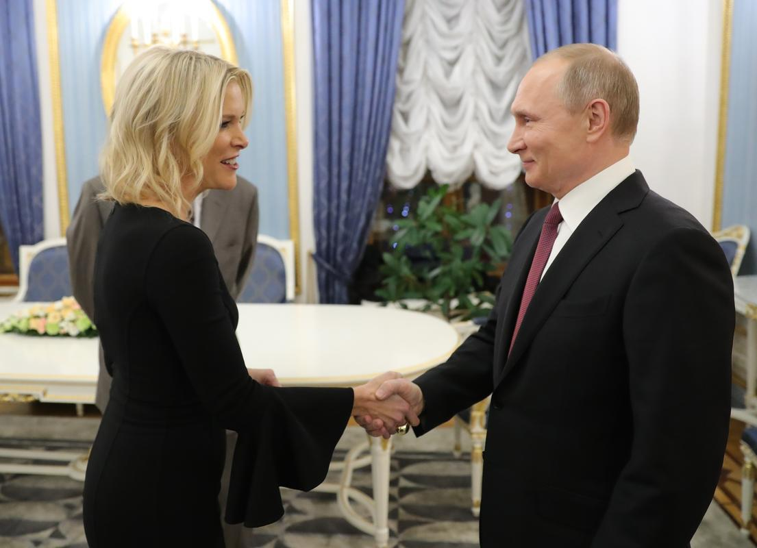 Putindən müsahibə alan jurnalist 30 milyon qazanacaq