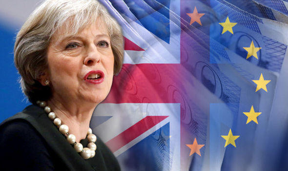 Brexit bill: PM sets out details of customs compromise