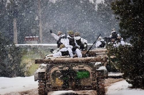 Separatçılar qorxuda: Ukrayna ordusu yaxınlaşır...