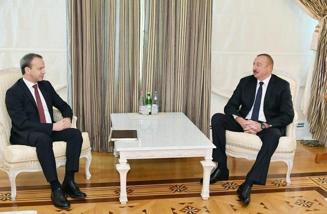 President Aliyev receives delegation led by FIDE president