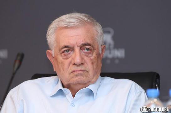 Адвокат Кочаряна ответил на азербайджанском - Видео